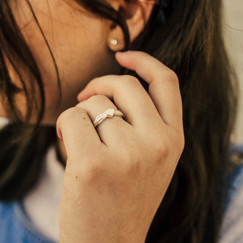 Bow CTR Ring - Silver - RM-C04511